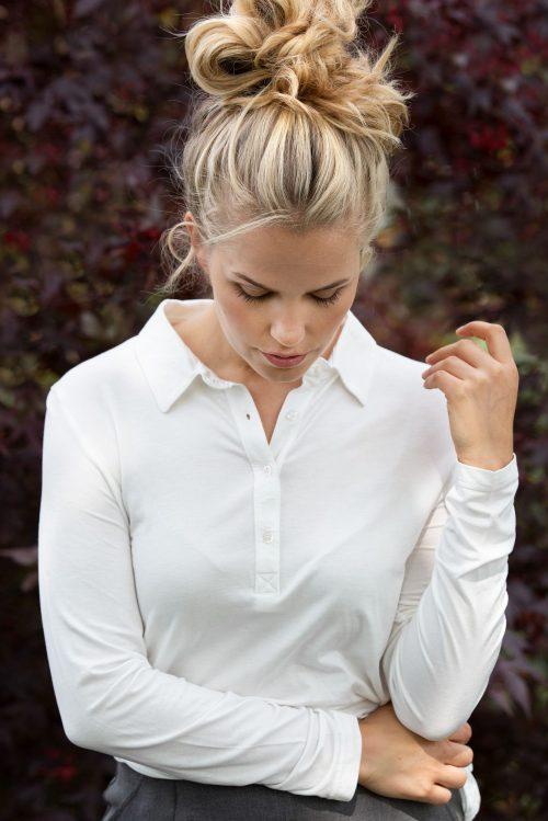 Offwhite, marine, light grey melange eller sort modal skjorte-topp Amuse - 57111