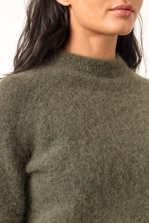 Lys beige soft mohair kort turtle genser Cathrine Hammel - soft girlfriend (vist i en annen farge)