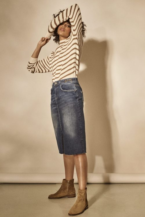 Light blue halvlangt jeansskjørt med splitt og gucci-detaljer Mos Mosh - selma denim skirt light blue