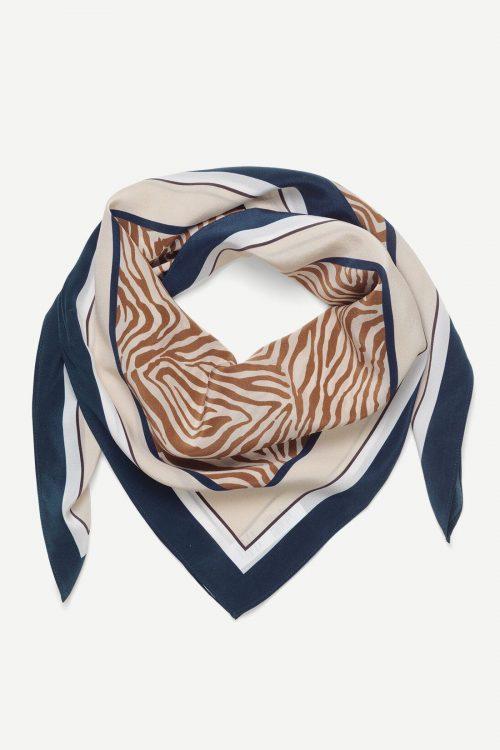 Mountain zebra silkeskjerf Samsøe - Hailan scarf aop 9394 / mål 88cm*88cm