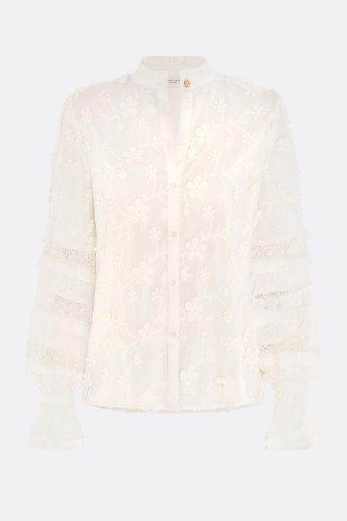 Krem brodert bomull bluse med pufferm og påsydd blomster Fabienne Chapot - leo blouse