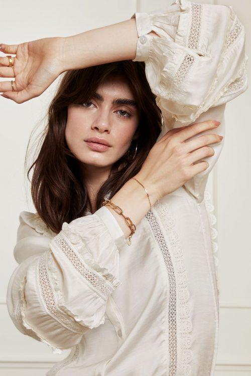 Kremfarget viskose/modal bluse med engelsk blonde Fabienne Chapot - amelie blouse