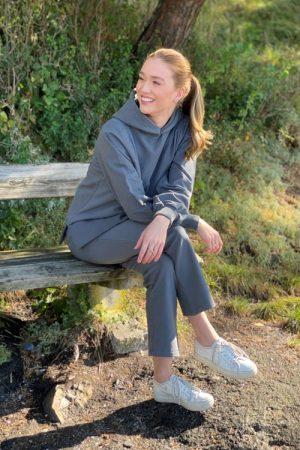 Dark grey melange (ikke charcoal grey) organisk bomull collage hoodie Ella&Il - tina hoodie