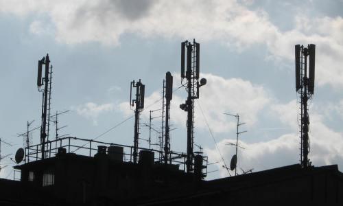 Antenne di telefonia mobile e radio-tv in Toscana