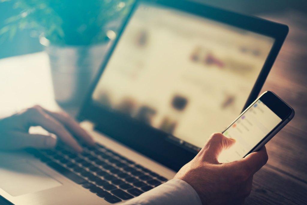 Browsing Social Media content