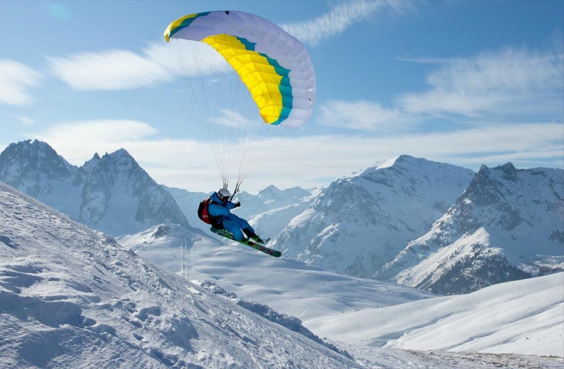 Speedriding in Chamonix-Mont-Blanc
