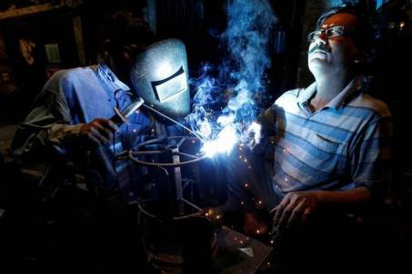 Industrial production grows at 2.4% in December 2018
