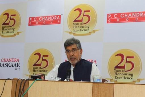 Dr Devi Prasad Shetty gets awarded the P.C. Chandra Puraskaar -27th PC Chandra Awards