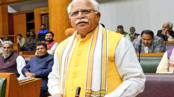 Haryana CM announces Rs 5 lakh annual health assistance to 'loktantra senanis'
