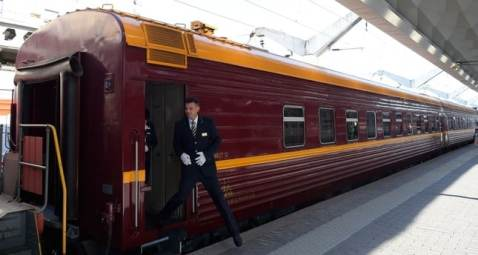 Russia launches first Arctic train service