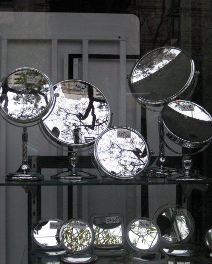 mirrors paris