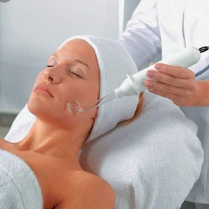 ELECTROTHERAPIE TRAITEMENT ACNE / ANTI VIEILLISSEMENT / AUGMENTATION COLLAGENE