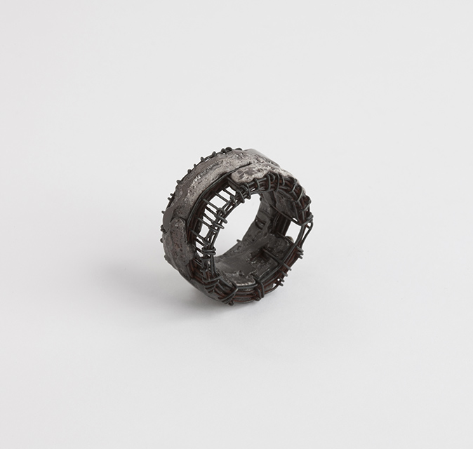 ring, 2013 : iron, patinated silver