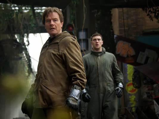 cranston-johnson-godzilla2014-moviestill