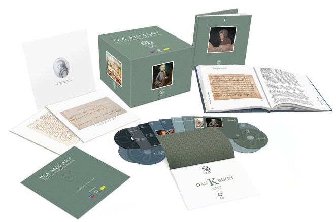 """Box """"Mozart 225: The New Edition Complete"""""""