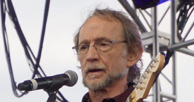 Morre Peter Tork, baixista e vocalista dos Monkees | Música | Revista Ambrosia