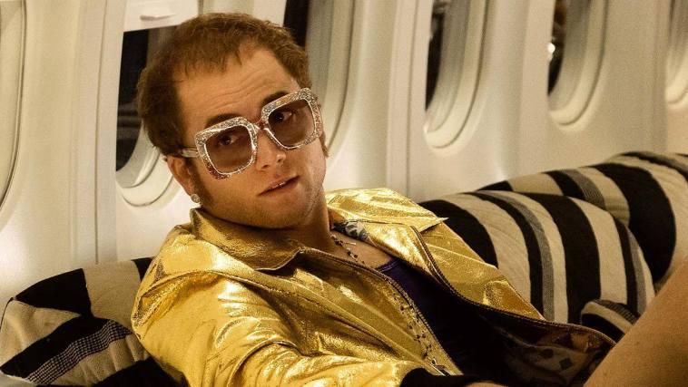 """""""Rocketman"""": a humanidade por trás da extravagância de Elton John   Críticas   Revista Ambrosia"""