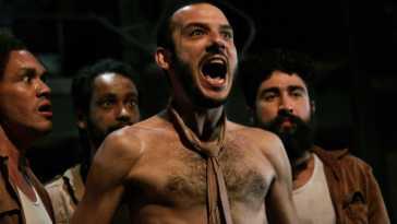 """Espetáculo """"O Rinoceronte"""", em montagem do Contágio Coletivo, reestreia no Rio   Teatro   Revista Ambrosia"""