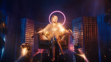 "Kylie Minogue lança clipe e single para ""Magic"" 