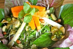 asian-salad-yoga-retreat-lunch