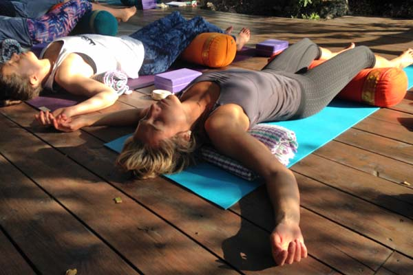 vinyasa-restorative-yoga-retreat