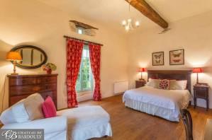luxury-womens-yoga-retreat-accommodation-france