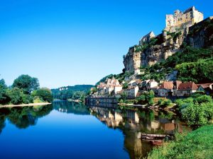 luxury-yoga-retreat-france-dordogne