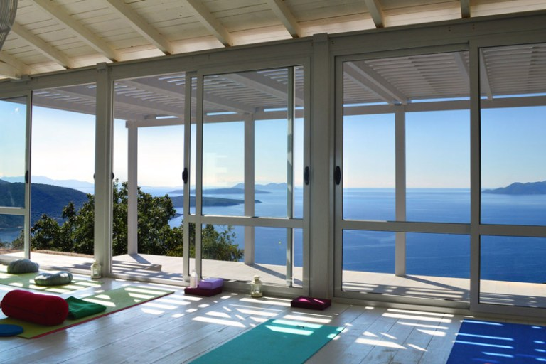 yoga retreat Ionian sea view
