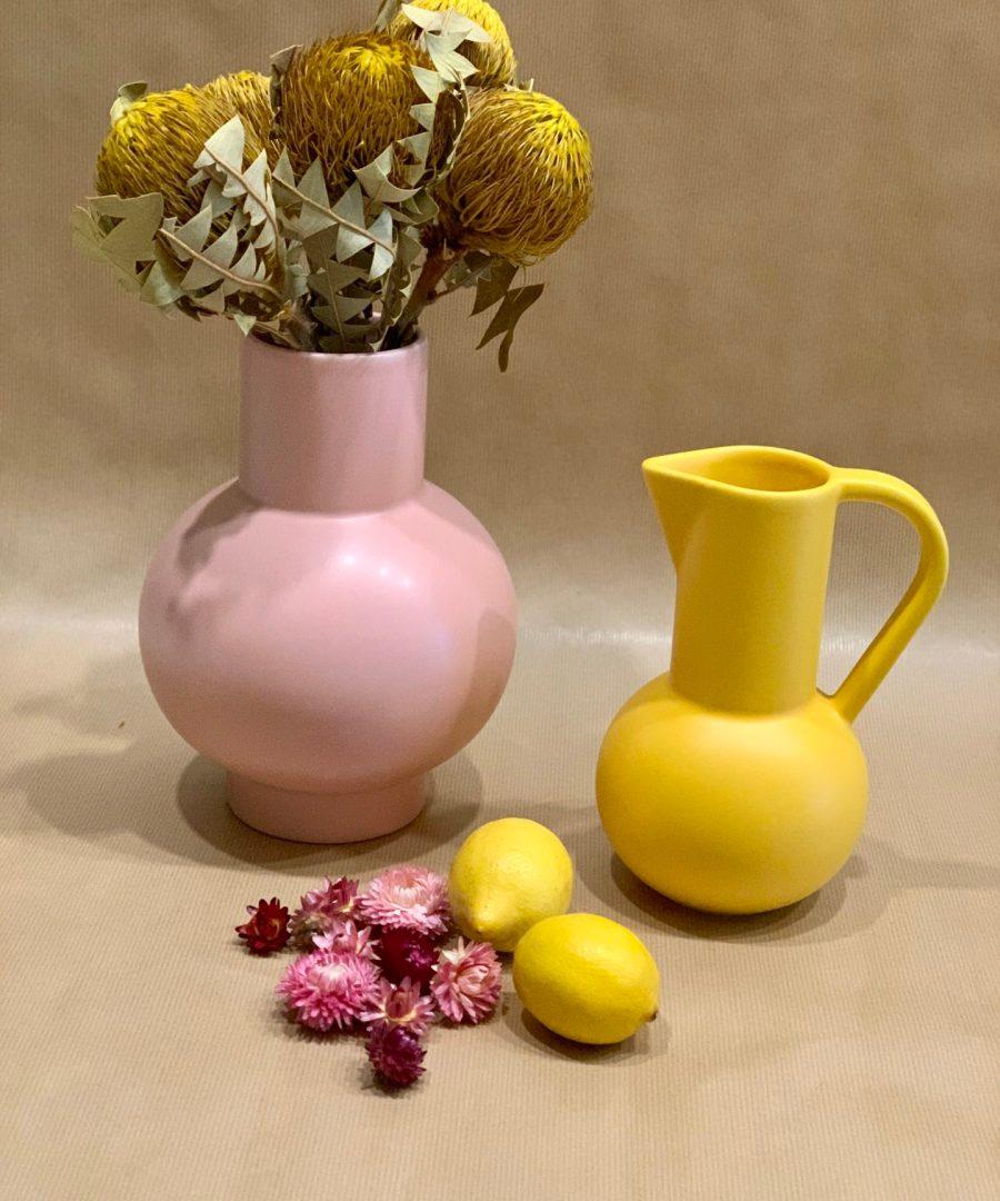 vase rose pale raawii