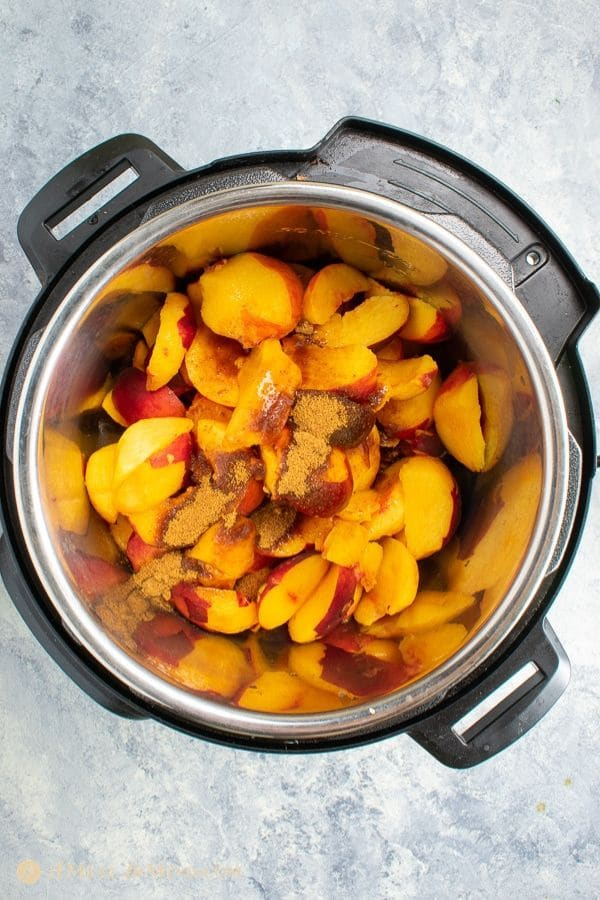easy peach butter 3 ingredient cut peaches with coconut sugar in Instant Pot