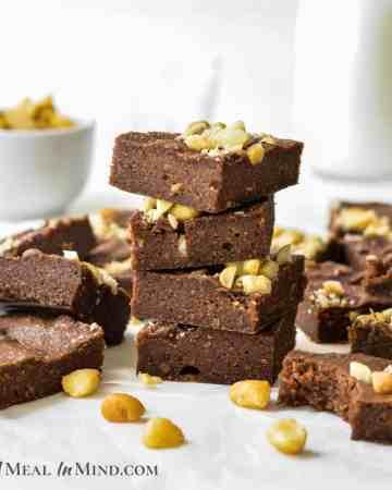 """Macadamia Nut""""Ella"""" Brownies 3 Ingredient featured image"""