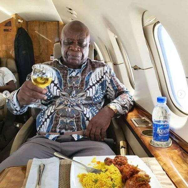 Linda Ikeji And Her Father Fly In A Private Jet For The First Time (Photos)