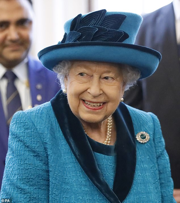 Queen Elizabeth Rumored Dead From A WhatsApp Group Goes Viral But Were Quickly Shut Down