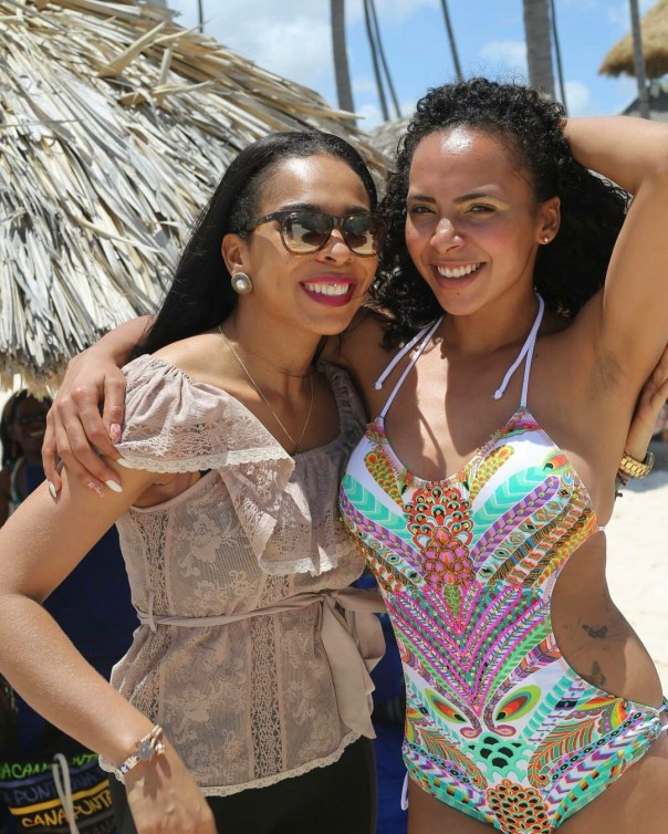 Tboss and younger sister Wendy chillin