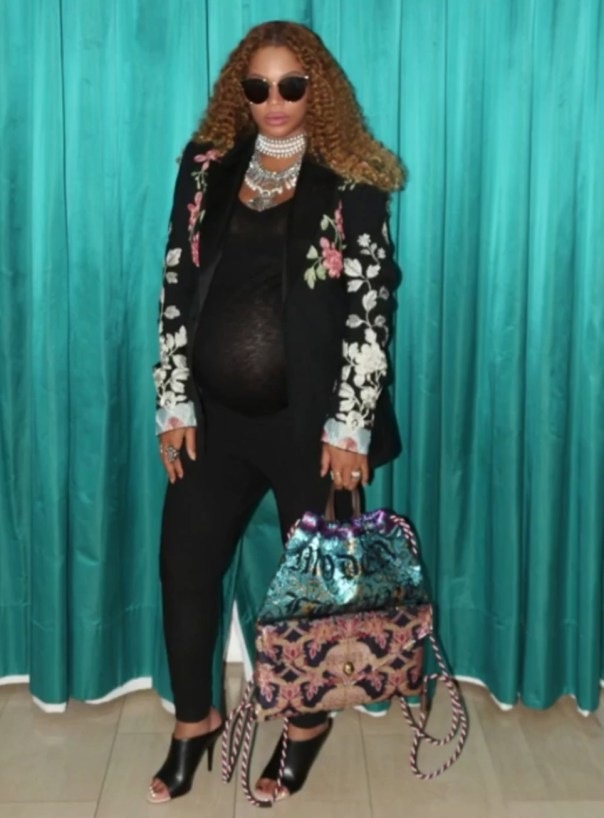 Beyonce Twins Maternity Photoshoot