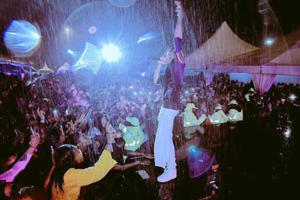 Wizkid Performed Under Heavy Rain At The 4th Year Anniversary Of Barbeque Live In Nairobi (1)