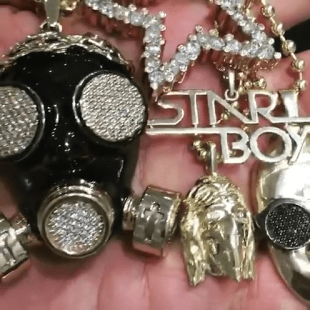 Gold And Diamond Encrusted Starboy Chain Wizkid Gifted Himself As He Turned 27 (3)