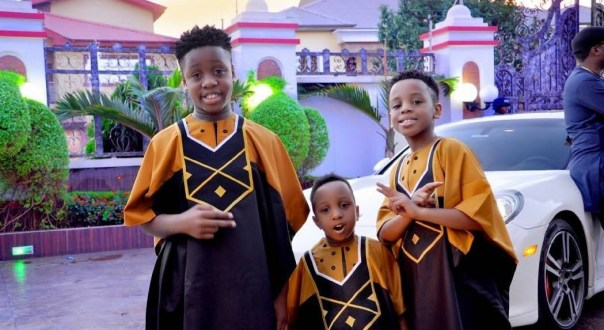 E-Money And His Three Sons Rock Matching Outfits (3)