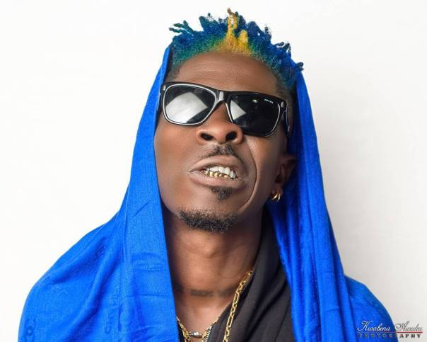 Shatta Wale Unveils New Look With Multi-colored Hair (2)