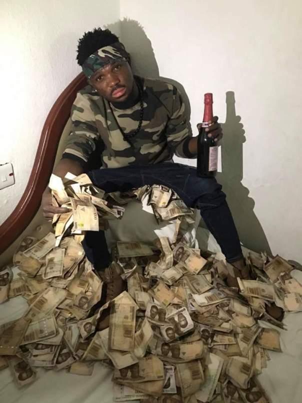Freeman Obg Owoboy The Nigerian Man Who Sleeps On Money (8)
