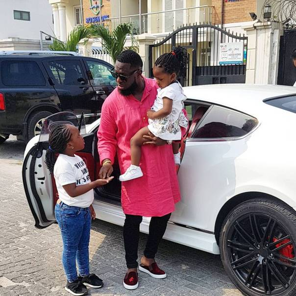 Timaya And Daughters Out On School (2)