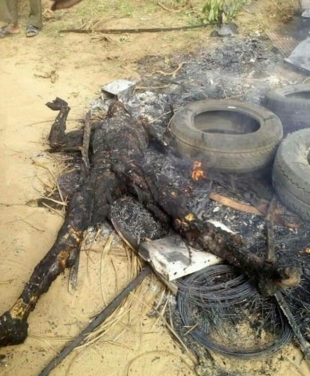 Suspected Armed Robbers That Were Burnt To Ashes In Akwa Ibom (3)