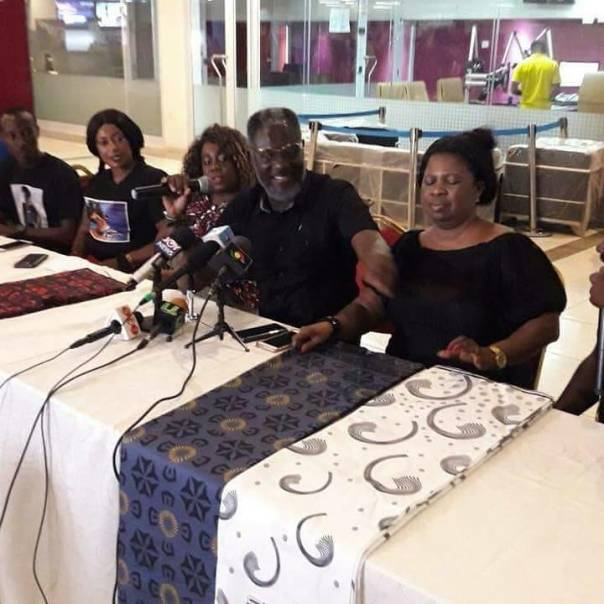 Ebony Reigns Father Weeps As Her Funeral Cloth Is Released (2)