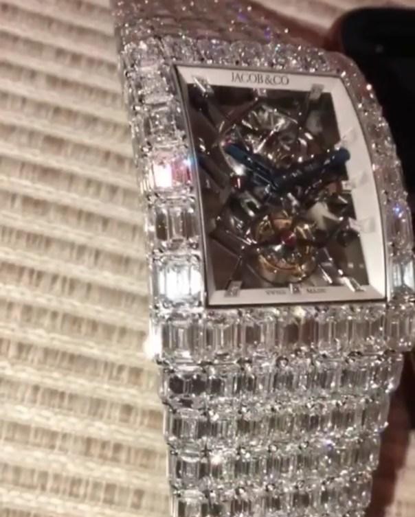 Floyd Mayweather Bought An $18 Million Jacob & Co Wristwatch (4)