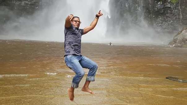Van Vicker Wli Water Falls - Amebo Book (5)