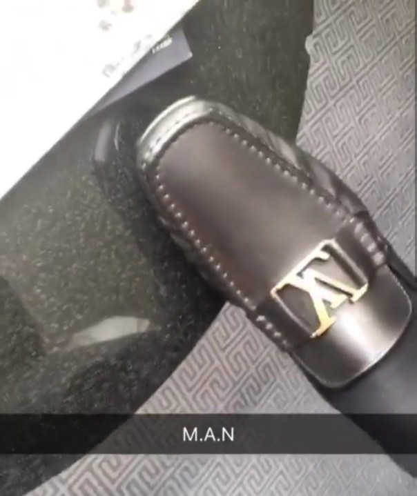 You Don Grow Pass These Louis Vuitton Items Wey You Dey Show Off (4)