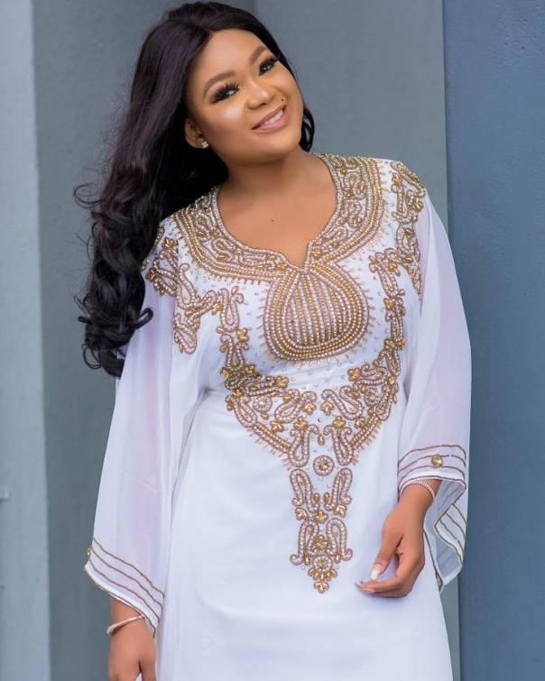 Rachael Okonkwo Stuns In Abaya Dress (5)