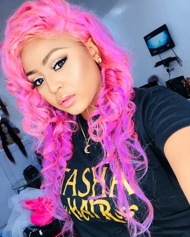Regina Daniels Rocks Pink Hair (2)