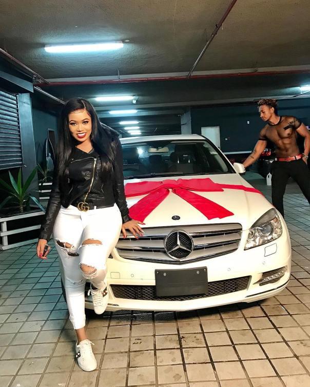 Vera Sidika Buys Calisah Brand New Mercedes (3)