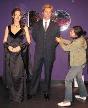 berusaha merebut Brad Pitt